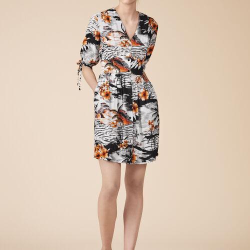 Fließendes Kleid mit Aufdruck - Kleider - MAJE