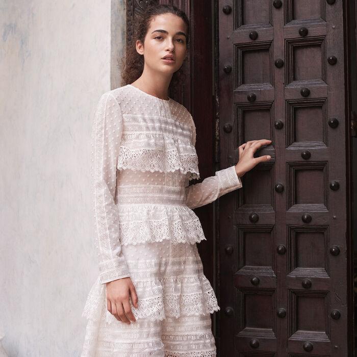 Besticktes Kleid mit Volants -  - MAJE