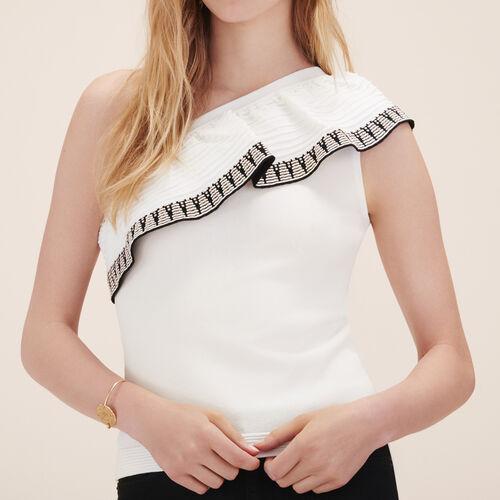 Asymmetrischer Pullover mit Rüschen - Strickwaren - MAJE