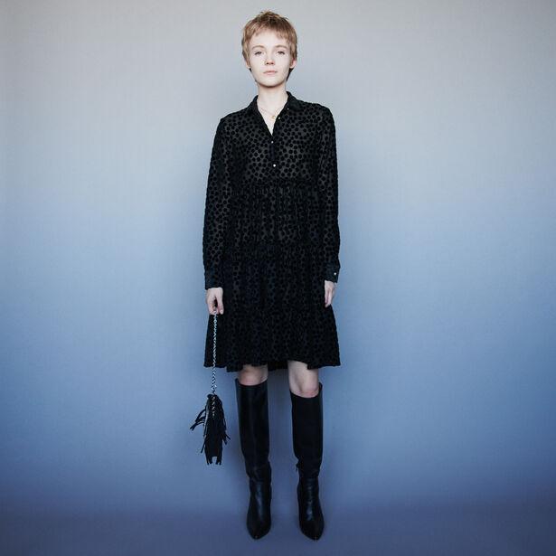 마쥬 원피스 MAJE 119ROLLY Babydoll Kleid aus Velour - Schwarz