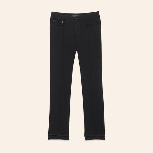 Gerade Jeans mit asymmetrischem Saum : Pantalons & Jeans farbe Schwarz