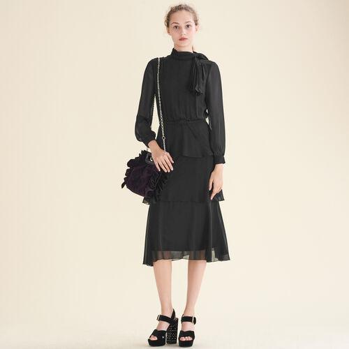 Fließendes Kleid mit Rüschen - Kleider - MAJE