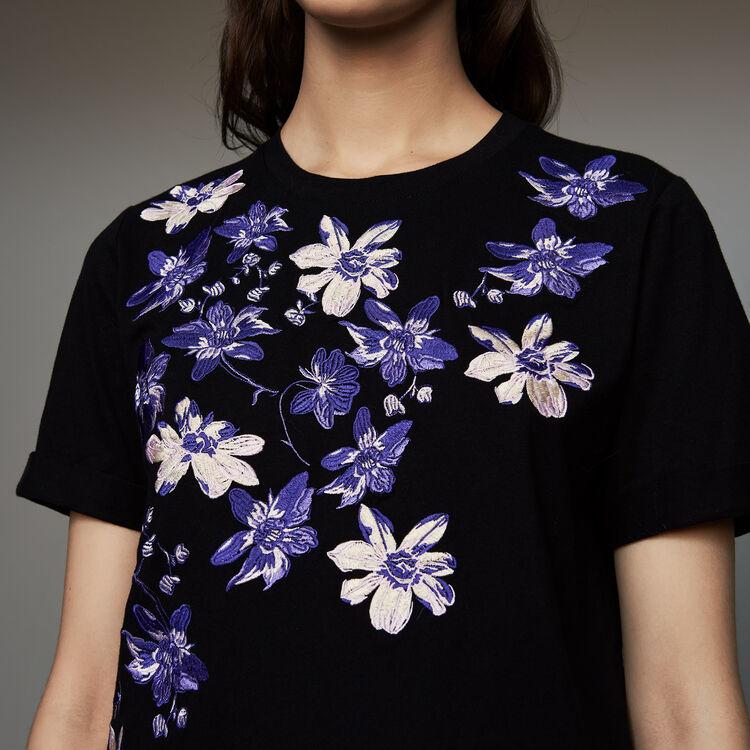 Baumwoll-T-Shirt mit Blumen-Stickerei : T-Shirts farbe Schwarz