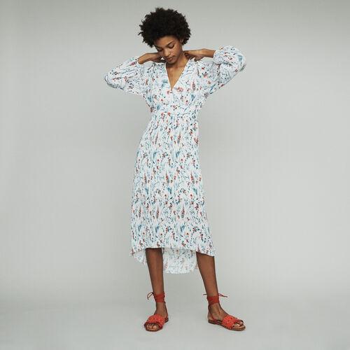 Langes Plissee-Kleid mit Schmuckstück : Kleider farbe IMPRIME