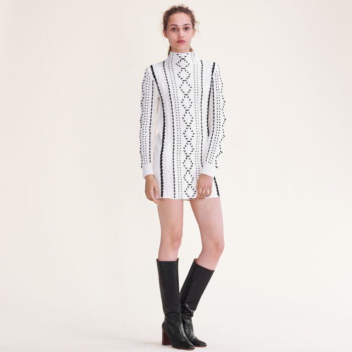 Kleid aus Zopfstrick : Robes farbe Ecru