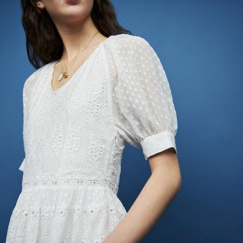 Kurzes besticktes Kleid : Kleider farbe ECRU