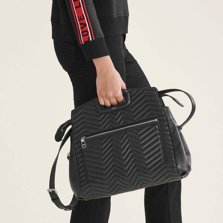 Umhängetasche aus gestepptem Leder : Kollektion farbe Schwarz