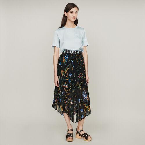 Printed pleated dress : Röcke & Shorts farbe SCHWARZ