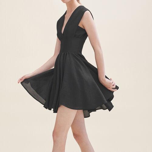 Kurzes Kleid ohne Ärmel : Kleider farbe Schwarz
