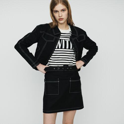 Kurze Jacke mit Ziernähten : Jacken farbe Schwarz