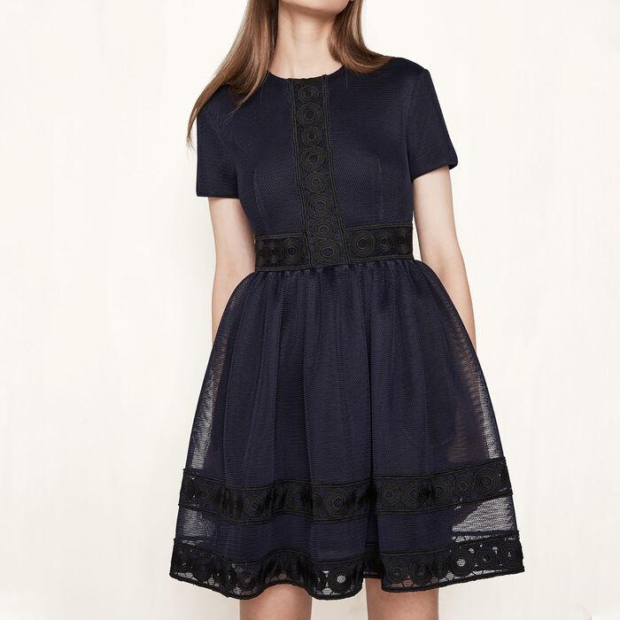 Kleid aus technischem Strick mit Gipüre : Meine Schwester farbe Nachtblau