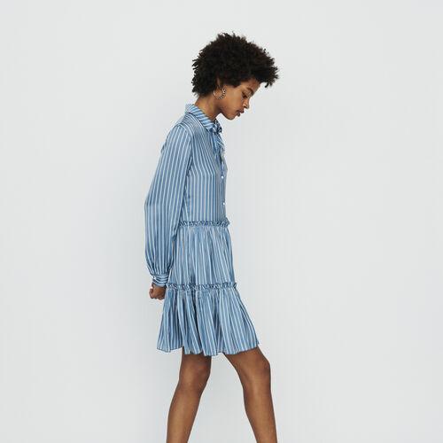 Hemdkleid mit Streifen und Volants : Kleider farbe Gestreift