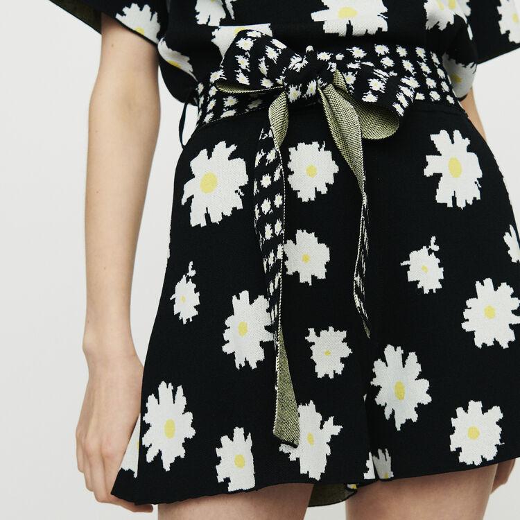 Shorts mit Margeriten-Print aus Jacquard : Röcke & Shorts farbe Jacquard