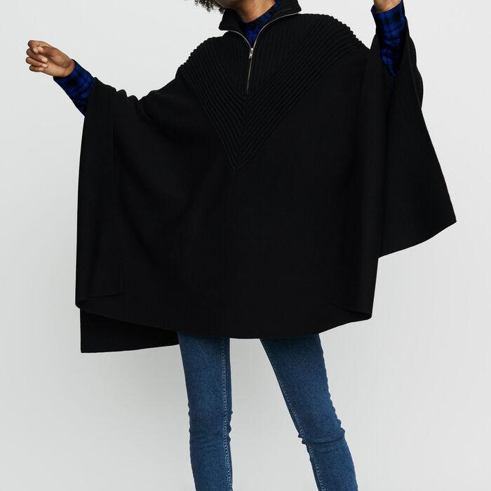 Strick-Poncho mit Stehkragen : Neue Kollektion farbe Schwarz