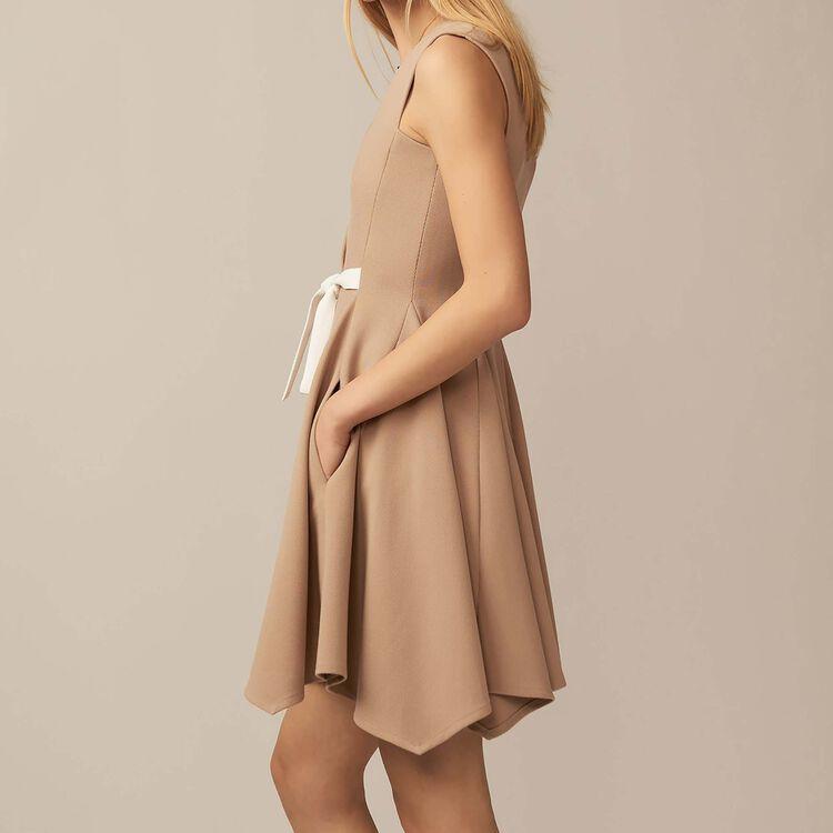 Chasuble-Kleid mit V-Ausschnitt : Kleider farbe Camel