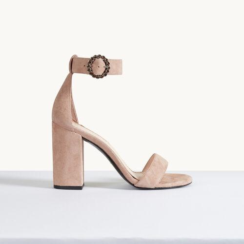 Absatz-Sandale aus Veloursleder - Schuhe - MAJE