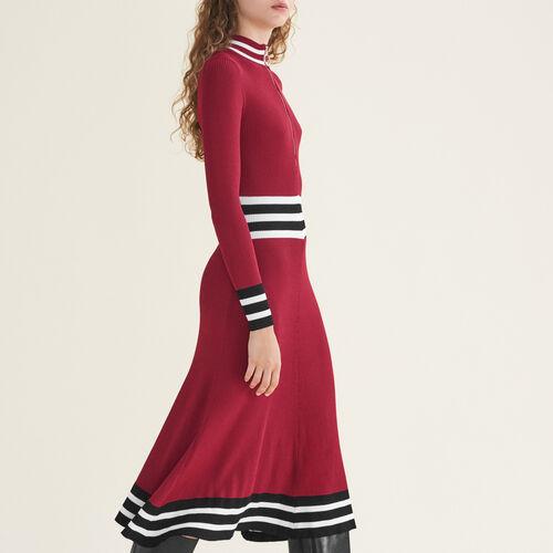 Langes Kleid aus Rippenstrick : Kleider farbe Burgunderrot