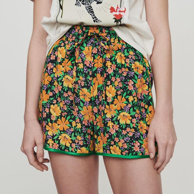 Fliessender Short mit Blumen Print - Röcke und Shorts - MAJE
