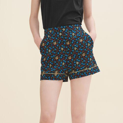 Shorts mit Blumendruck : Jupes & Shorts farbe IMPRIME