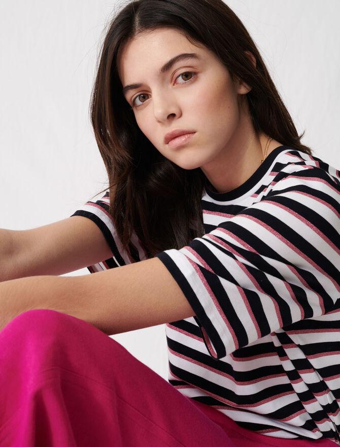 T-Shirt mit dreifarbigen Streifen - T-Shirts - MAJE