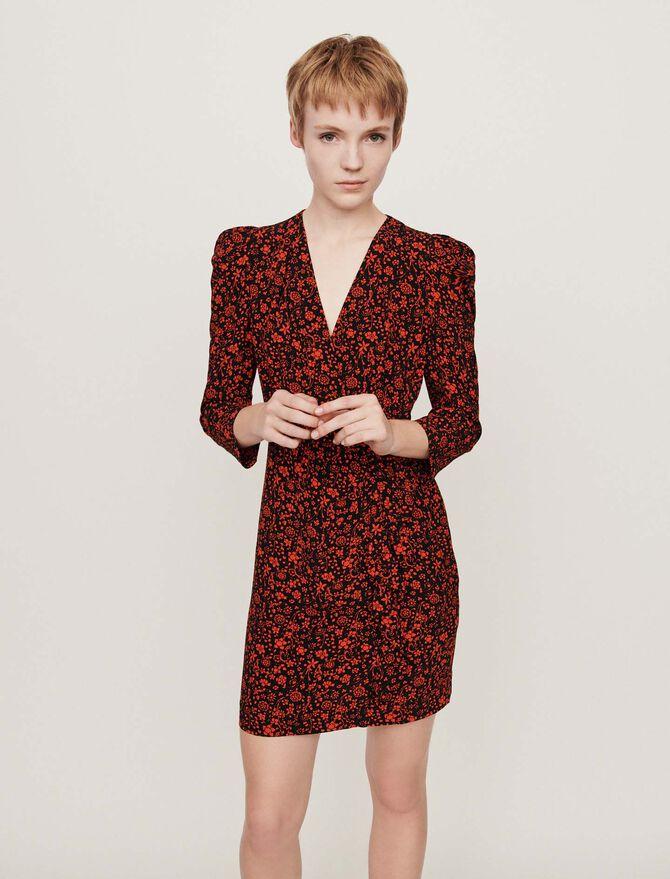 Kleid mit bedrucktem Krepp - More discounts - MAJE