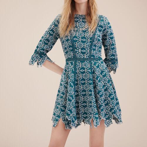 Kurzes Kleid aus Gipüre : Kleider farbe Blau
