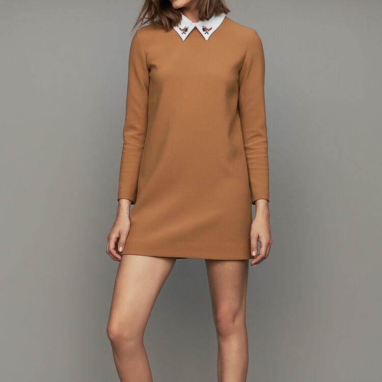 Gerades Kleid mit edlem Kragen : Kleider farbe Camel