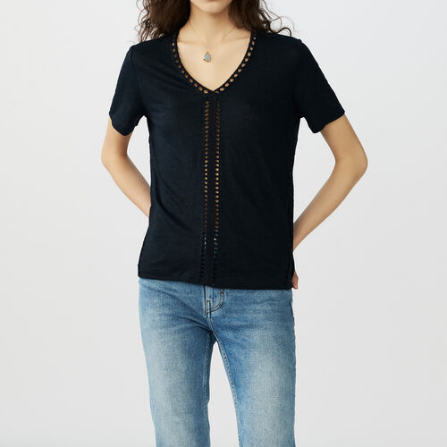 Linen t-shirt with perforated details : T-Shirts farbe Marineblau