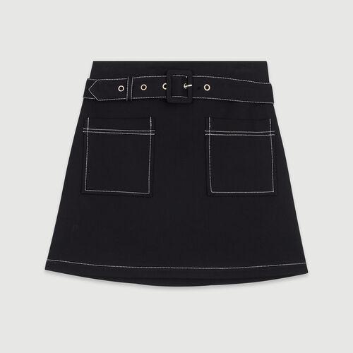 Kurzer Rock mit Ziernähten : Röcke & Shorts farbe Schwarz
