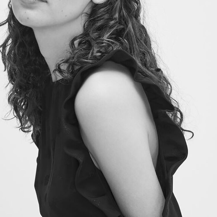 Kleid aus Crêpe mit freien Schultern : Robes farbe Schwarz