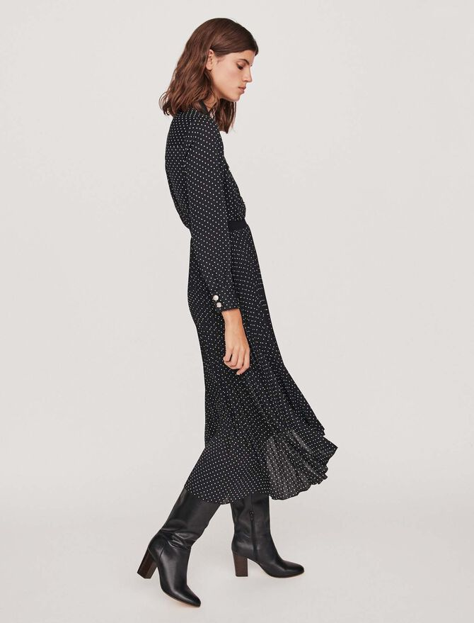Long pleated dress with polka dots - Die ganze Kollektion - MAJE