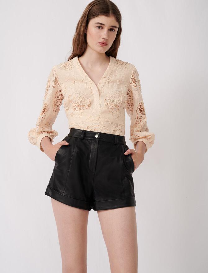 Leder Shorts mit Revers und Ziernähten -  - MAJE