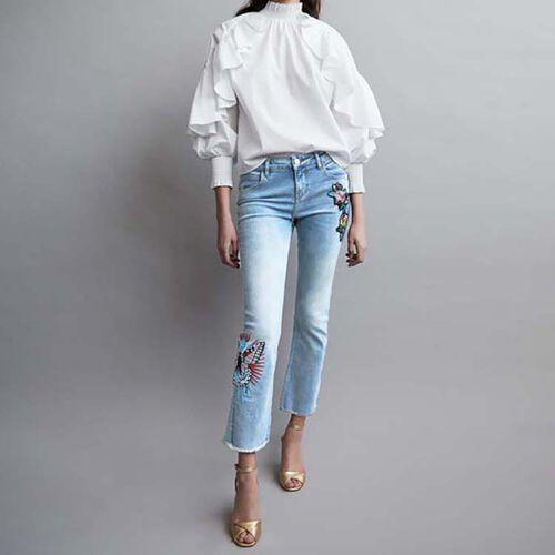 Ausgestellte Jeans mit Stickereien : Le denim farbe Denim