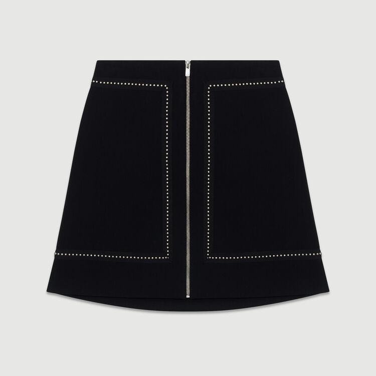 Kurzer Krepp-Rock mit Nieten : Röcke & Shorts farbe Schwarz