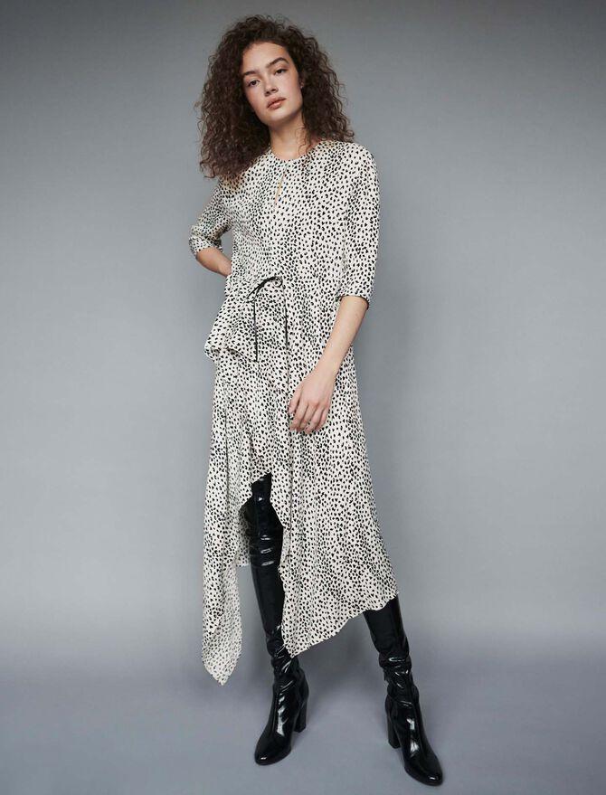 Asymmetrisches Kleid mit Jacquard Print - Midseason-Sales_UK_30% - MAJE