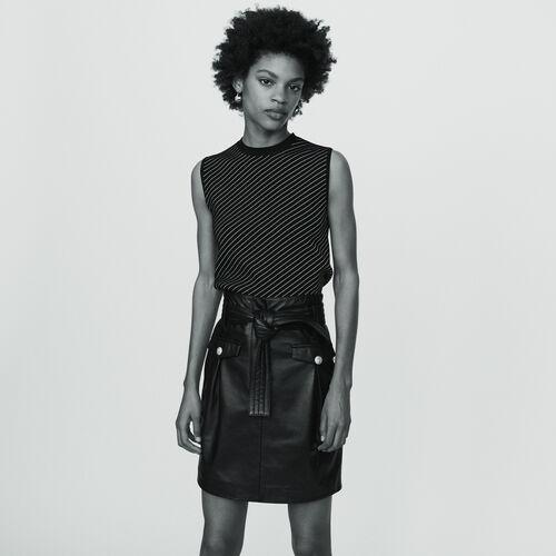 Kurzer Rock aus Leder : Röcke & Shorts farbe SCHWARZ