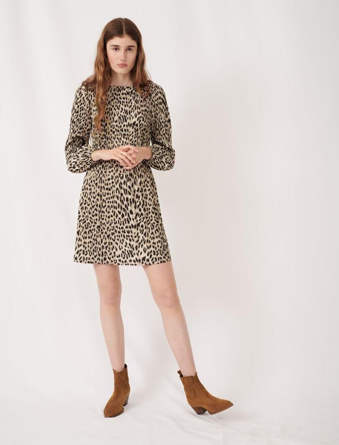 Plisseekleid mit Animalprint - Kleider - MAJE