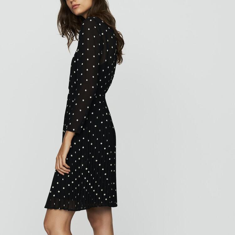 Plissee-Kleid mit Stickereien : Kleider farbe SCHWARZ