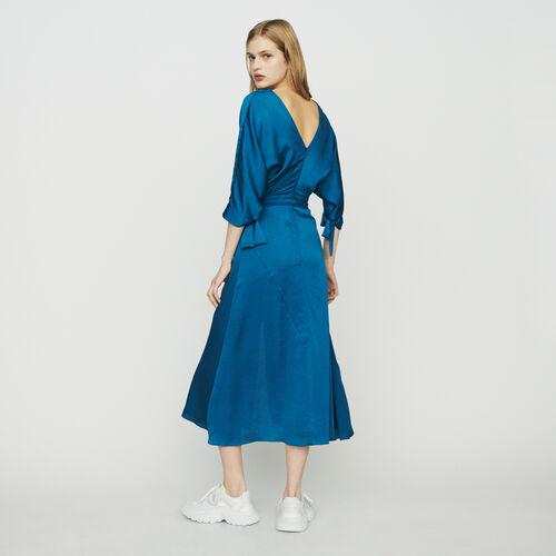 Langes Kleid mit Ausschnitt : Kleider farbe Blau