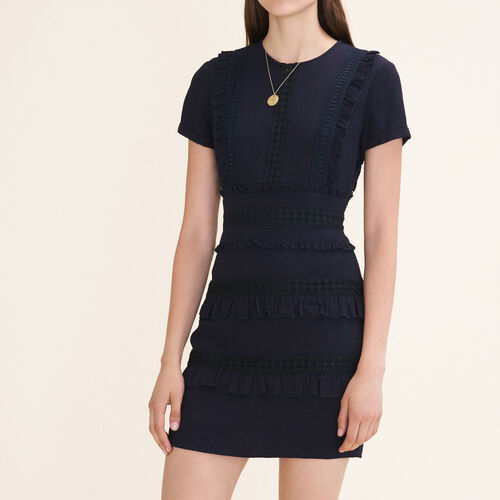 Kurzes Kleid mit Rüschendetails - Kleider - MAJE