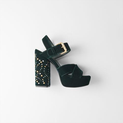 Absatz Sandalen aus Velour mit Studs : Pumps farbe VERT