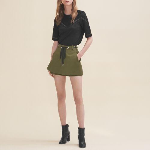 Shorts mit Ösen und Schnürung : Jupes & Shorts farbe Khaki