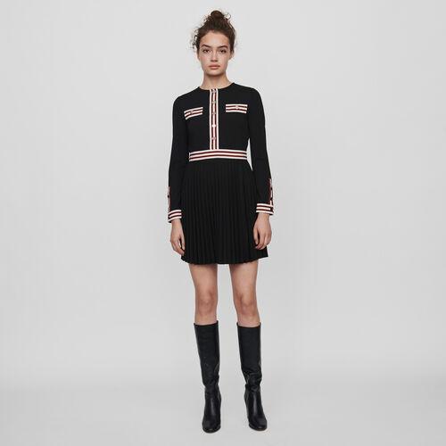 Plissee Kleid mit Konstrast-Streifen : Kleider farbe Schwarz