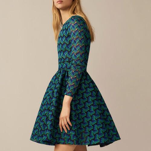 Kleid aus verklebter Spitze : Robes farbe IMPRIME